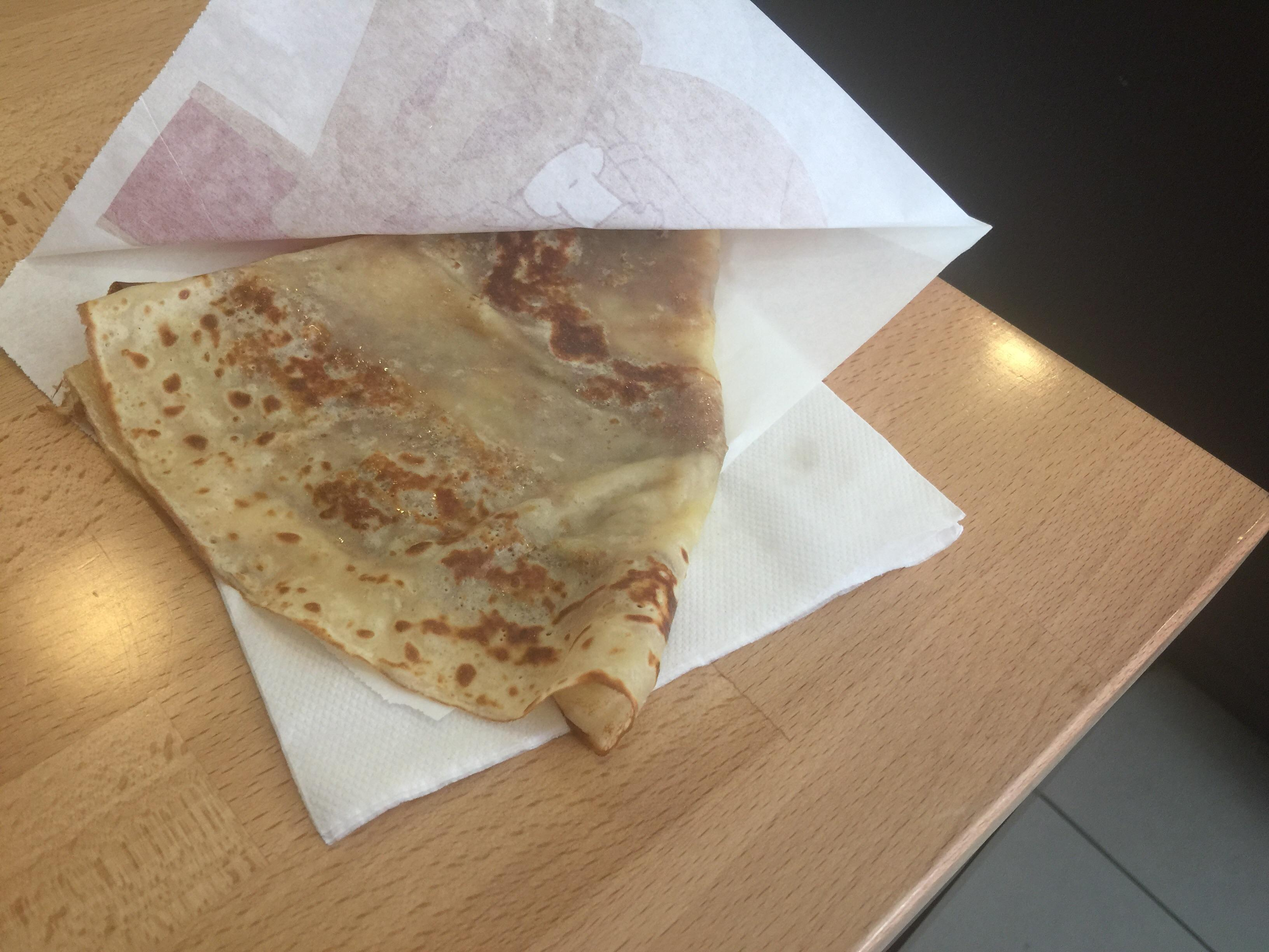 Delawells Crepes butter and sugar for 2 euros #food excellent wifi