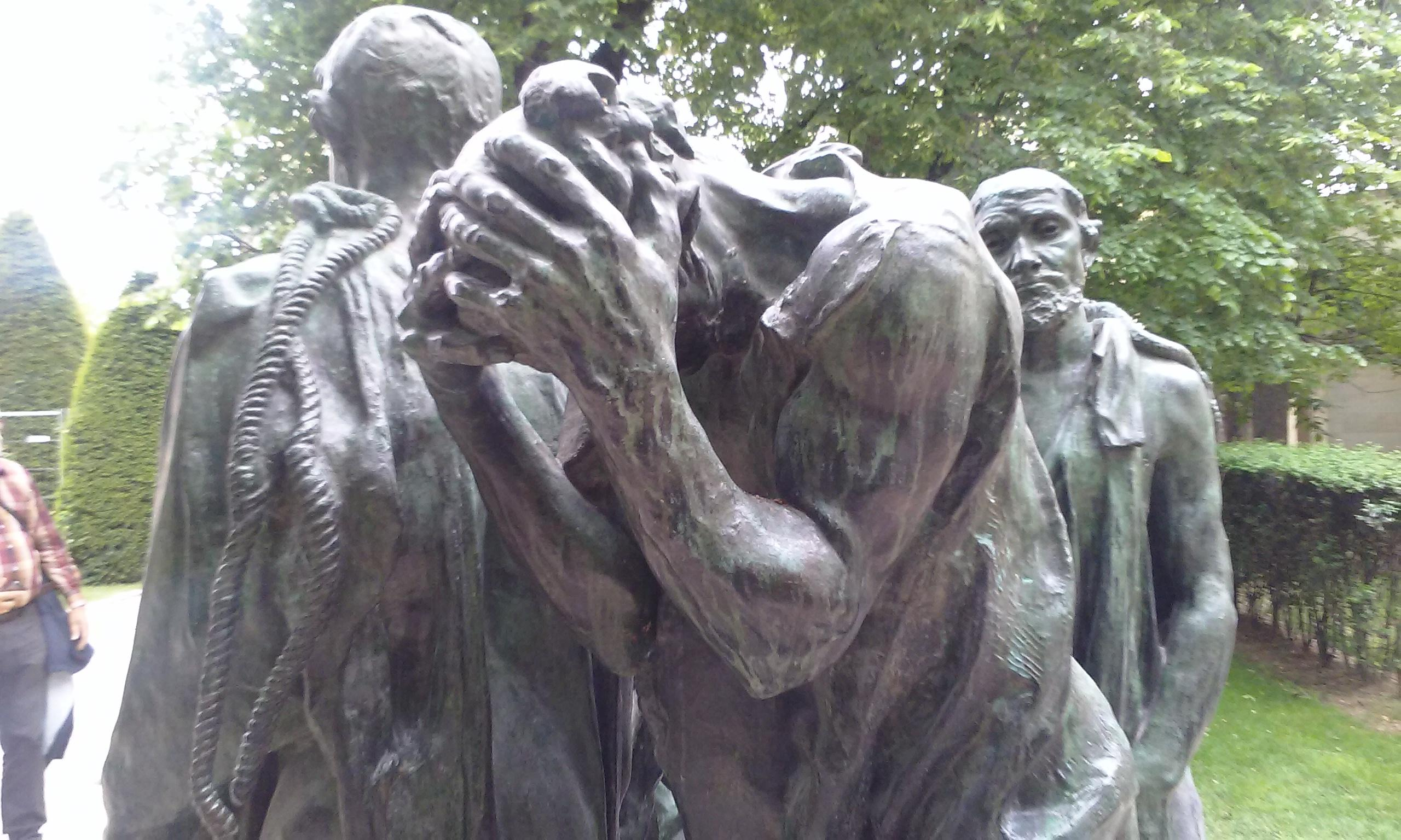 Musee Rodin outdoor statues hands covering his head