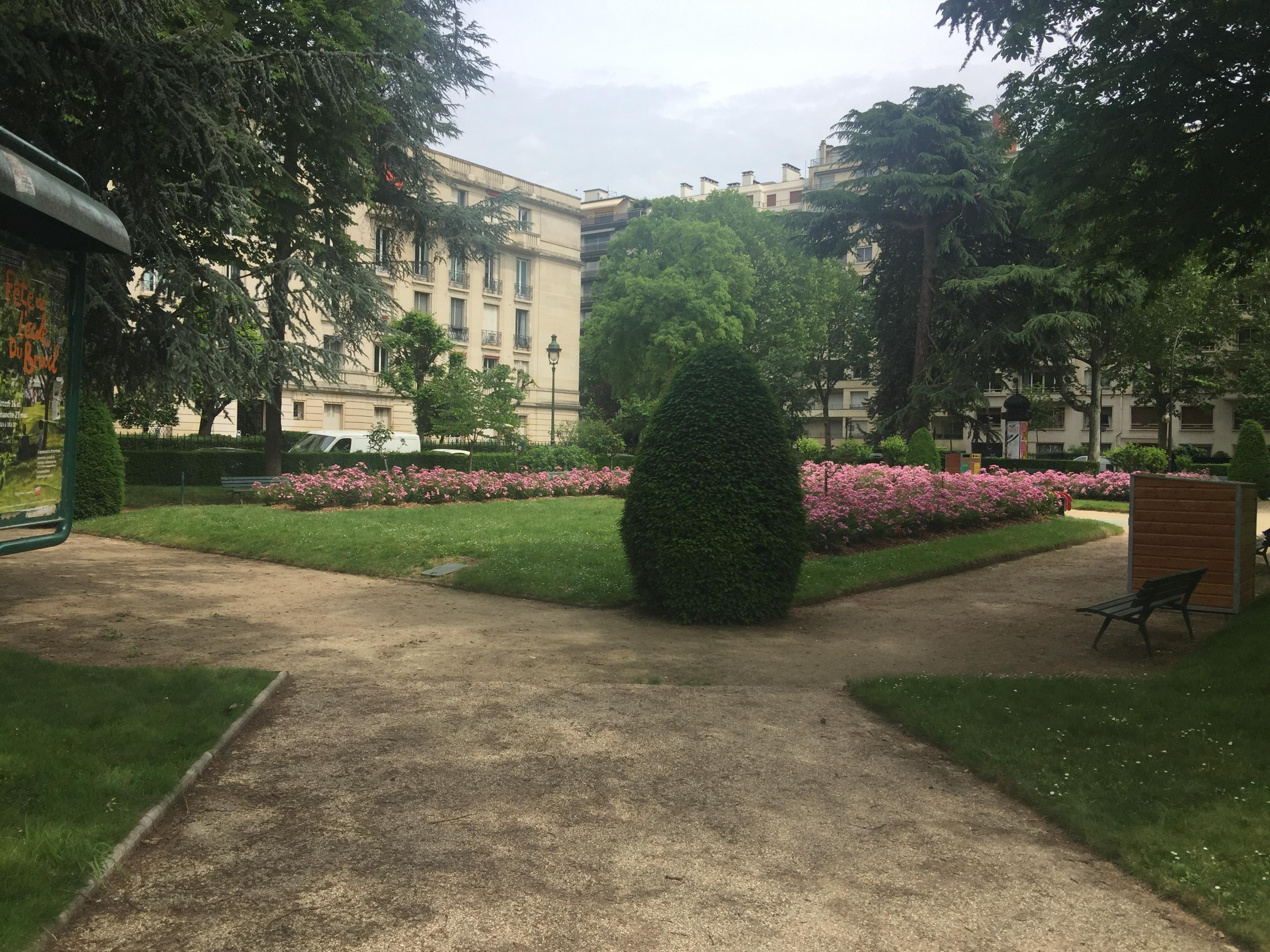 Small park with roses in Paris